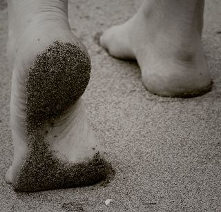 Sand-on-his-feet
