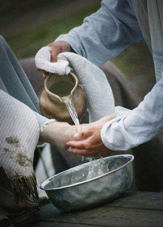 Foot washing Web