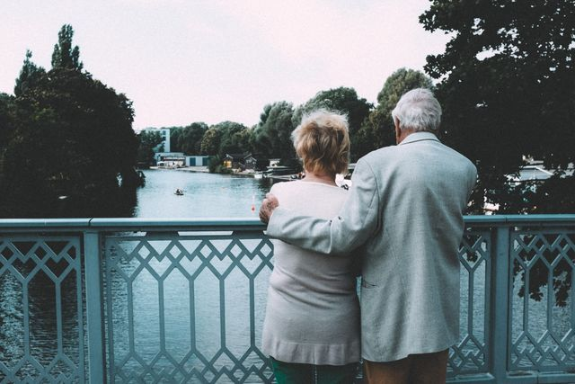 Old-couple-on-bridge