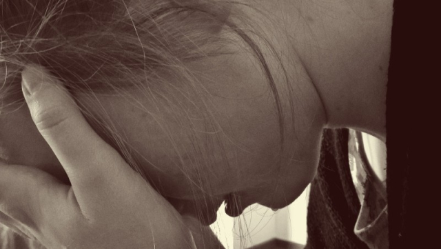 Woman-desperate-sad-tears-cry-depression-mourning-2